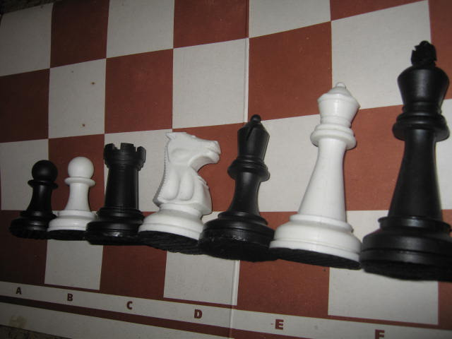 Chess plastic tournament with weighting