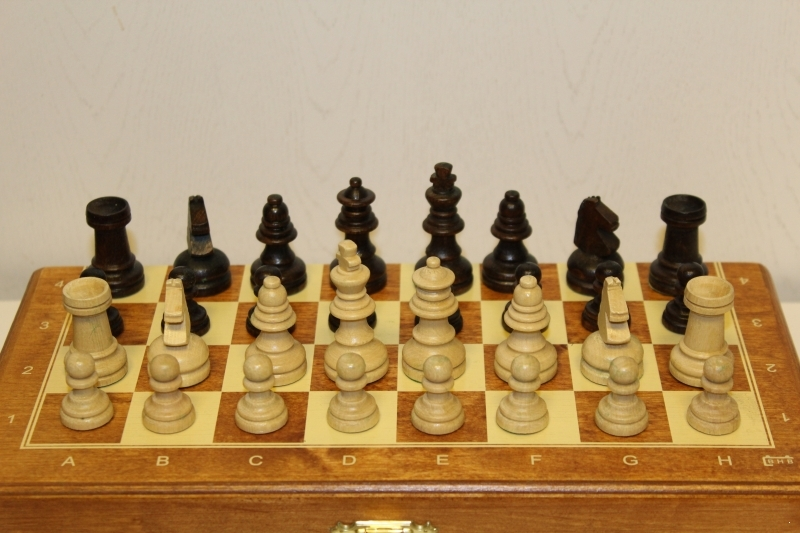 Magnetic chess Intarsie