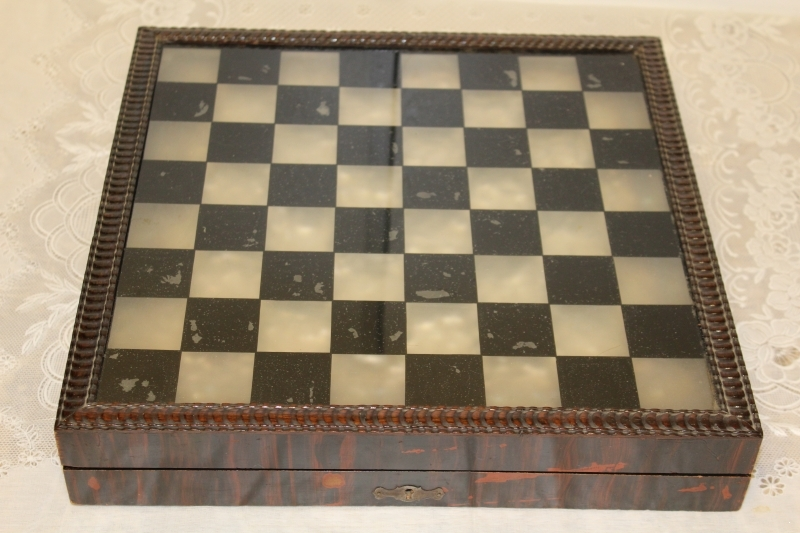 Chess board. Wood and Glass ART-P0