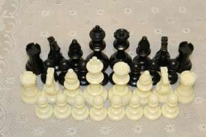 Chess figures Staunton plastic