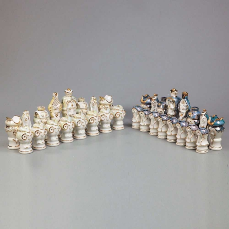 Soviet porcelain chess set: the tree of life. Dulyovo 1988